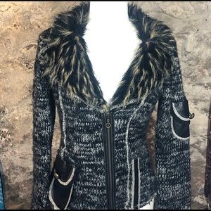 Sweaters - Fitted sweater cardigan with faux leather & fur
